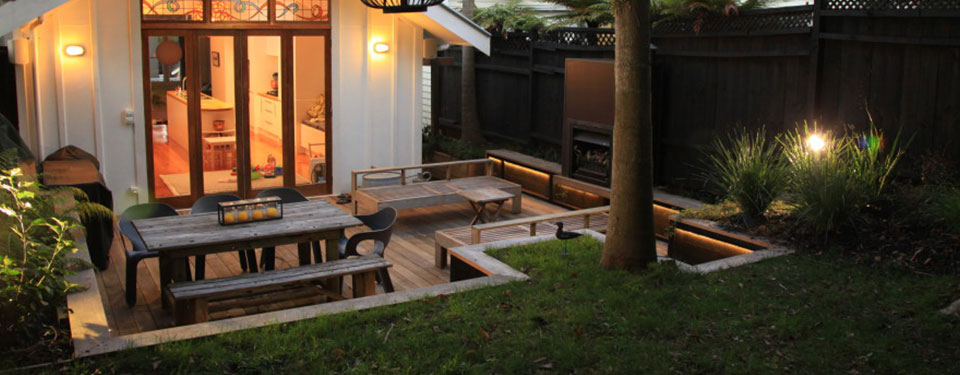 New deck build to Auckland home