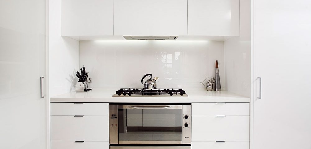 kitchen renovations by Auckland builders